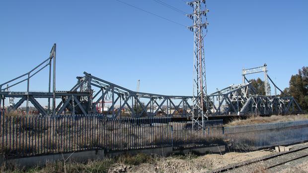 El puente de Alfonso XIII se construyó con motivi de la Exposición Iberoamericana de 1929