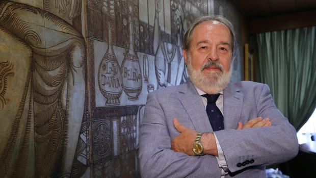 Alfonso Carmona pide la devolución de la dignidad de la profesión
