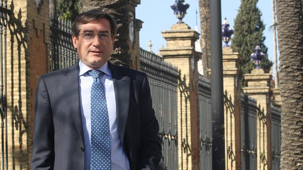 Rafael Carmona es el nuevo presidente del Puerto de Sevilla