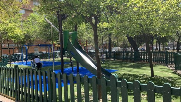 Parque infantil reformado en la barriada de Santa Ana (Triana) por 25.000 euros
