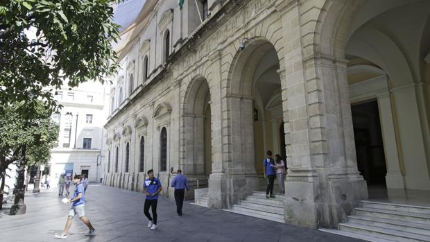 El Ayuntamiento De Sevilla Aprueba Una Oferta De 269