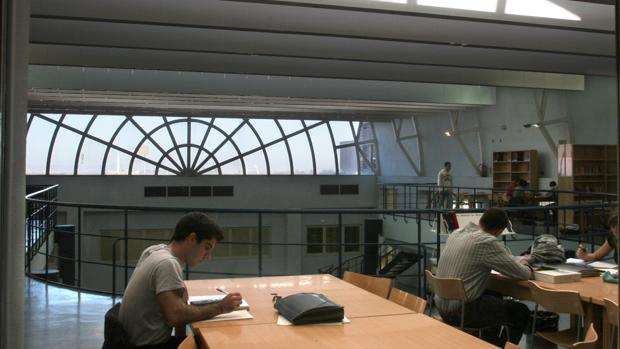 Interior de la Escuela de Ingenieros de Sevilla