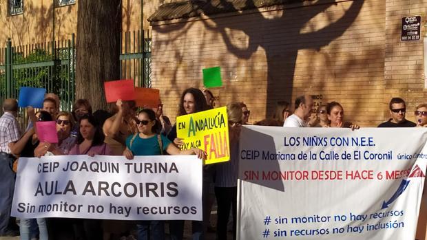 Manifestaciones ante Educación