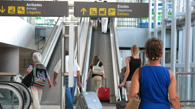 Antes de viajar, es importante seguir una serie de consejos como imprimir facturas o usar métodos de pago seguros