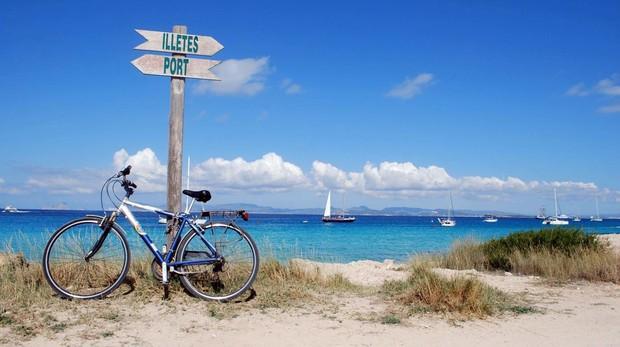 Las bicicletas, un medio de transporte alternativo a los coches en Formentera