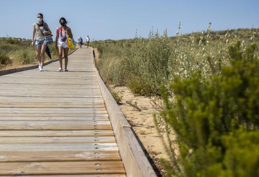 Acceso a la Playa de Cuesta Maneli